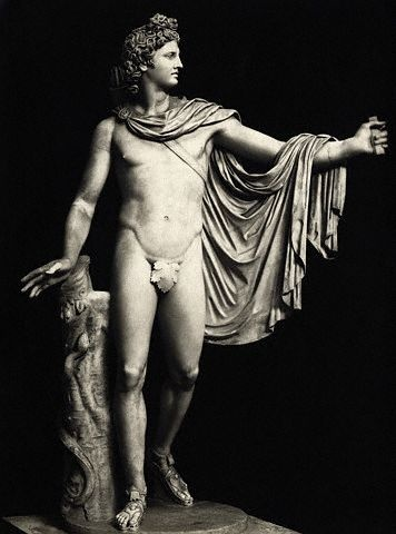 Пожалуй, самая известна статуя Аполлона – Аполлон Бельведерский работы древнегреческого скульптора Леохара. (Фото Corbis.)